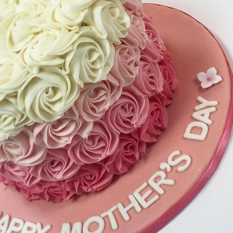 کیک تولد مادر طرح گل رز رنگی صورتی